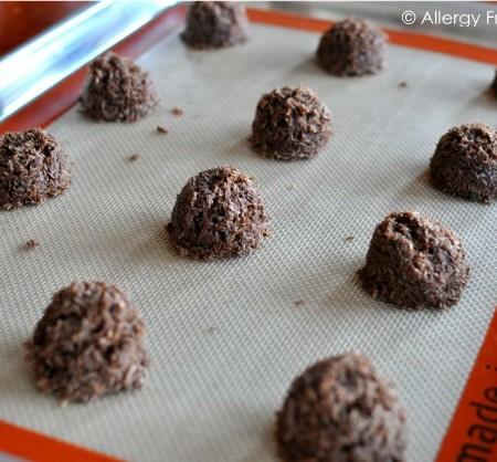 Sugar Free Chocolate Macaroons