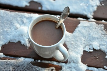 Dairy Free Peppermint Hot Cocoa