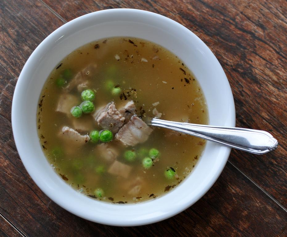 bone broth quinoa peas pork chop (Medium)