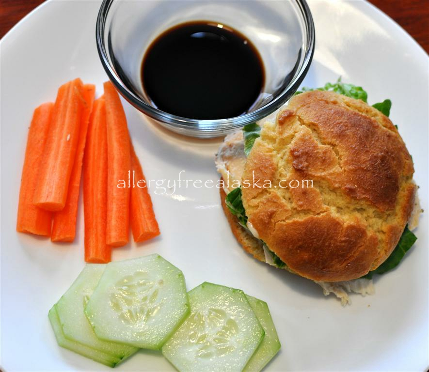 chicken sandwich carrots cucumbers (Medium)
