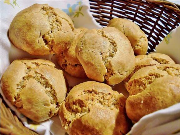 Garlic & Rosemary Bread Rolls GF SCD (Small)