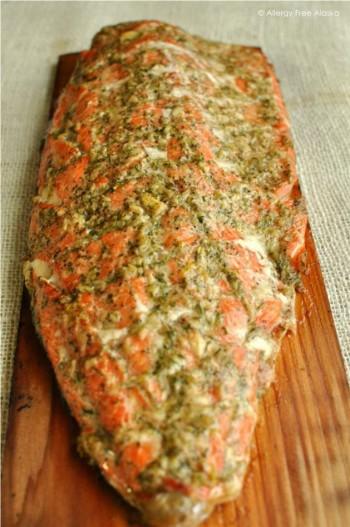Lemony Cedar Planked Salmon with Garlic & Dill