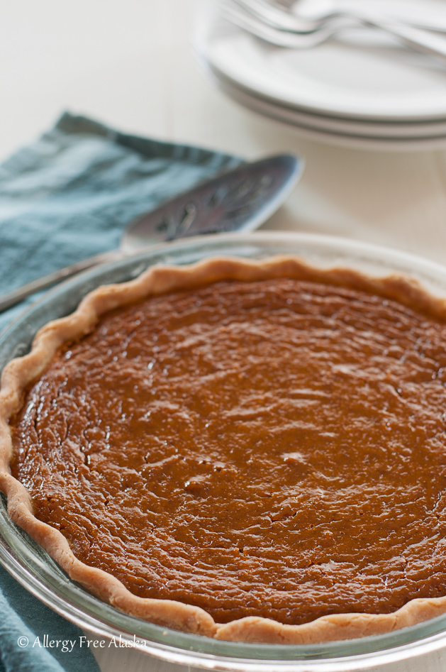 gluten-free-maple-pumpkin-pie-from-allergy-free-alaska