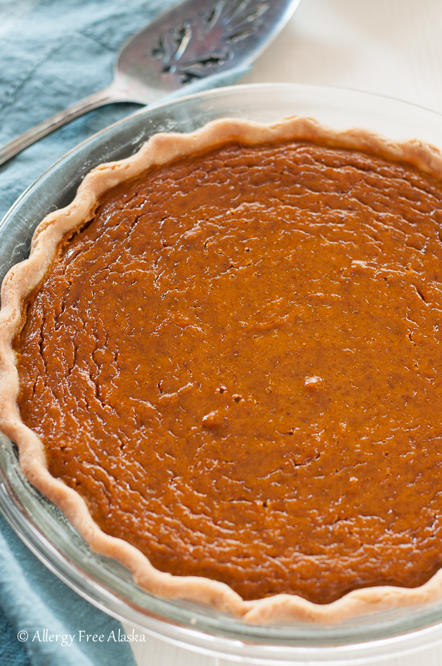 gluten-free-dairy-free-maple-pumpkin-pie