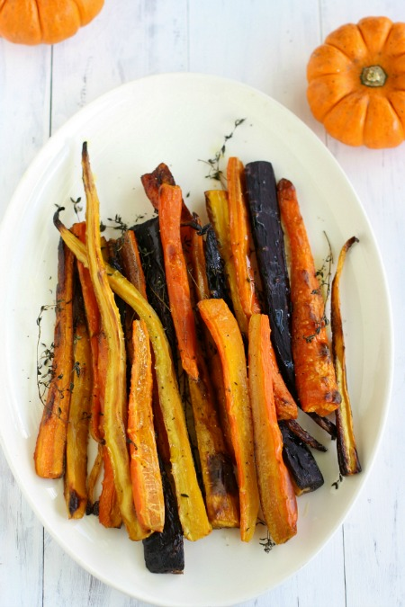 Thyme-roasted-carrots.