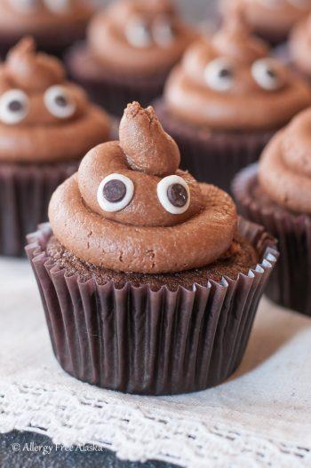 """Gluten Free """"Poopcakes"""" Poop Emoji Cupcakes"""