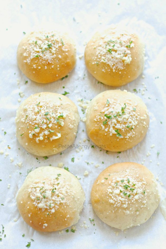 garlic-parm-rolls