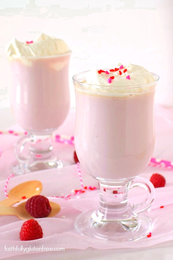 raspberry_white_hot_chocolate